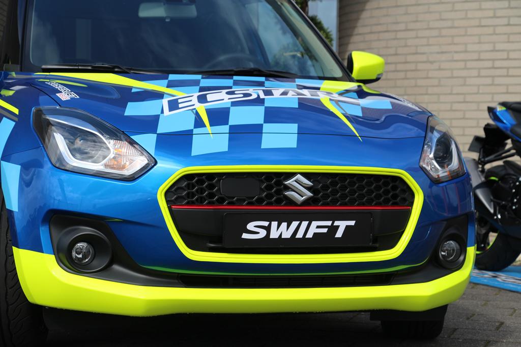Suzuki-front-striping