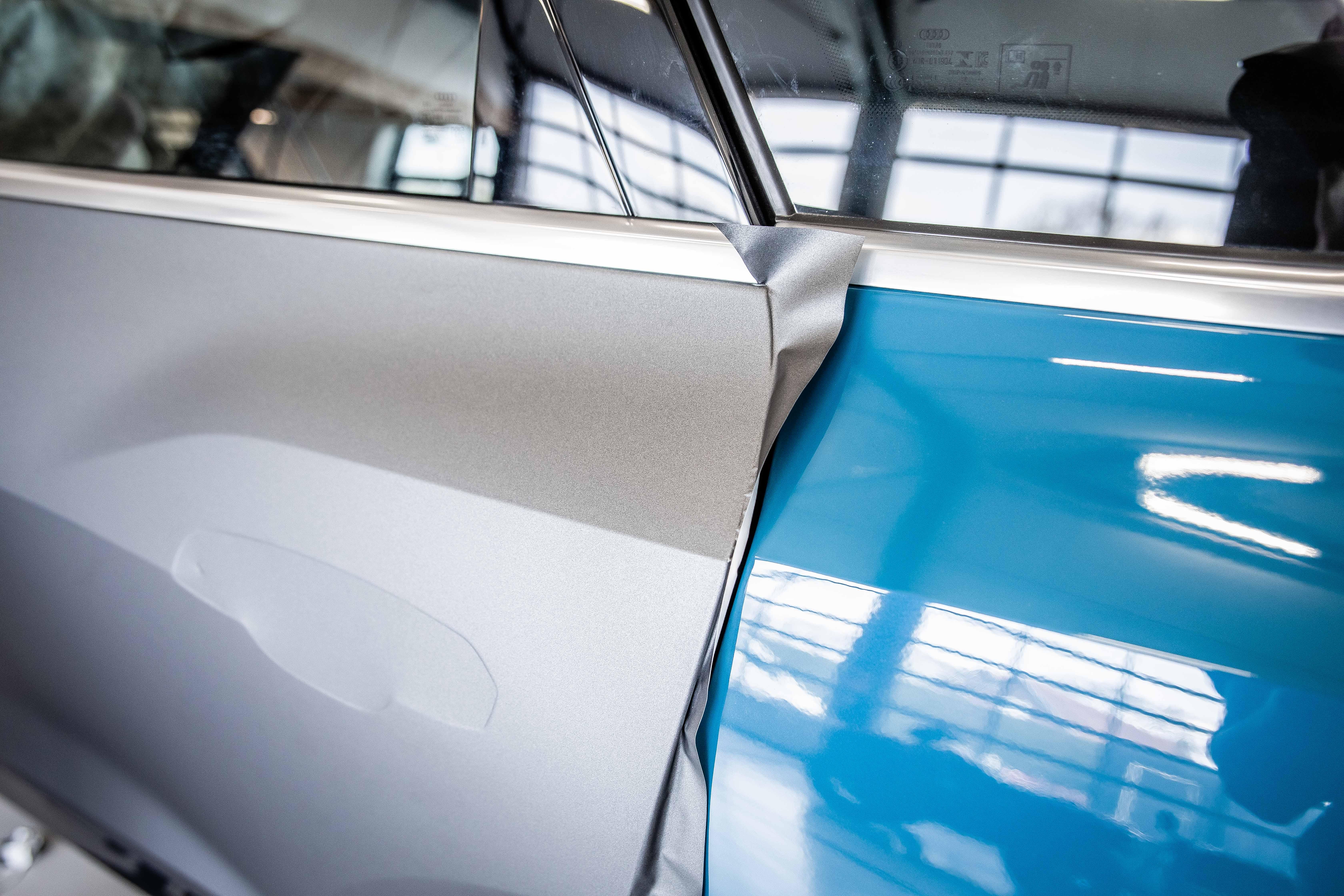 Audi E-Tron van glanzend naar mat