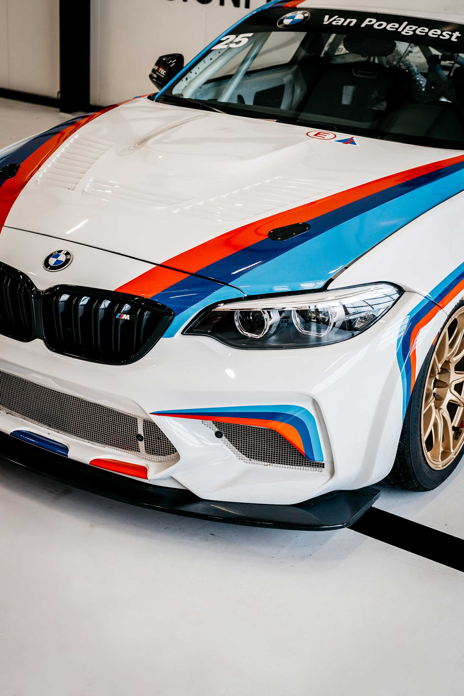 Striping BMW voorkant motorkap