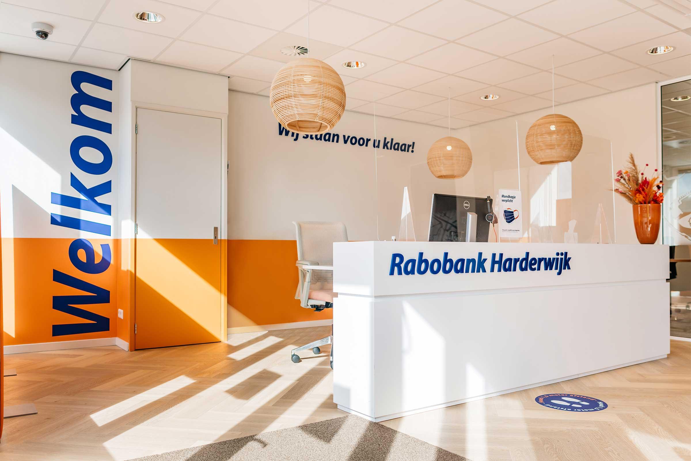 Rabobank-Harderwijk-Ontvangstbalie-Overview-Signploeg